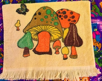Vintage Yellow Mushroom Toadstool Butterfly Kitchen Hand Towel Linens