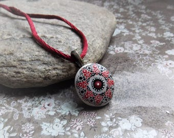 Pendant made from a mandala stone