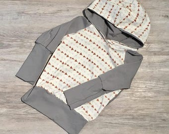 Grow-with-me Hoodie size 9m-3T, Triangles & Grey
