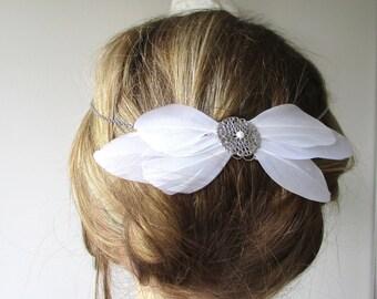 Retro bridal headband, silver spirit Charleston - white metal feathers.