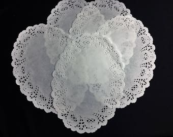 Oval Paper Doilies