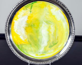 "Medium Resin Tray with Yellow,  and White Resin | Serving Platter | 12"" Serving Round"
