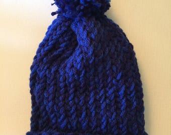 Baby knit hat - blue/dark blue