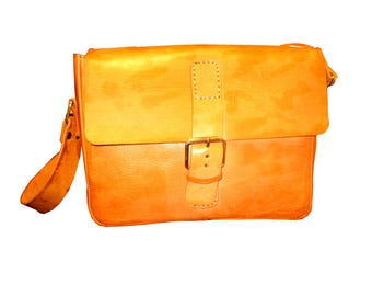 Messenger leather handbag