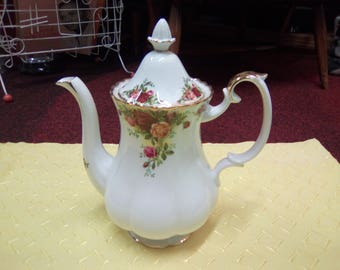 Vintage Royal Albert Old Country Roses Coffee Pot Inspired By Quintessentially English Country Garden In Full Bloom