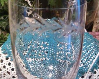 Set of 4 Laurel Leaf etched Crystal wine glasses