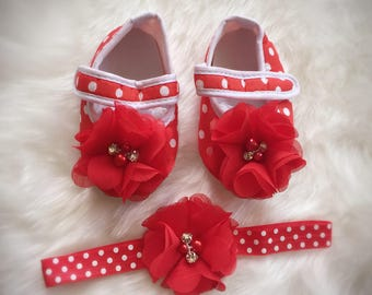 Red and white polka dot  booties and matching headband/ crib booties and headband set/toddler booties and headband set/ red and white