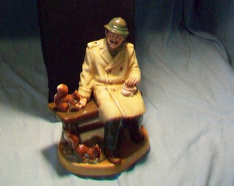 "Royal Doulton Figurine HN 2485""Lunchtime"""