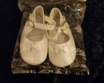 Vintage Baby Doll Shoes Tallinas NOS Size 2 White with Bows