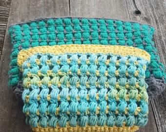 Puff Stitch Carry All