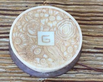 ancienne boite à fard parfumerie Grenoville, collection diverse parfum poudre. old perfume box