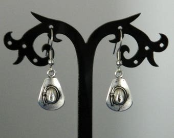 Metal cowboy hat earrings