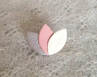 "Brooch ""3 petals"" Silver/Pink/cream leather"