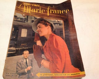 1940s fashion magazines marie france paris set of 5 winter. Black Bedroom Furniture Sets. Home Design Ideas