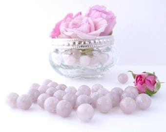 10 Jade 8 mm - beige pink round beads
