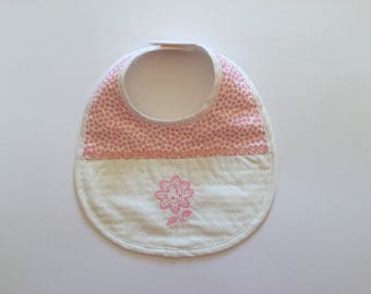 EMBROIDERED FLOWER SHADES ROSES BABY GIRL BIB