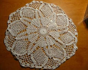 Round lace - white - handmade from France - crochet