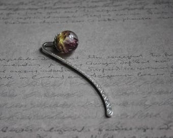 Bookmark metal silver 8.5 cm, sphere 1.8 cm resin inclusion of immortal violet/Red
