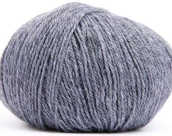 Wool Buttercup - CLUB - gray color 1002