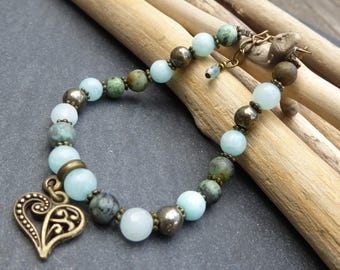 Bohemian beaded bracelet green and bronze, and heart charm