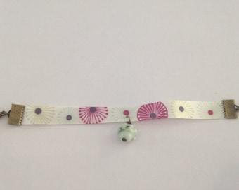 Flower girl green and purple bracelet