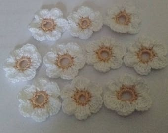Flower crochet white and salmon colored cotton