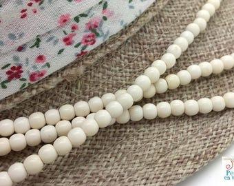 Ivory white howlite 4mm (PH173) 115 beads