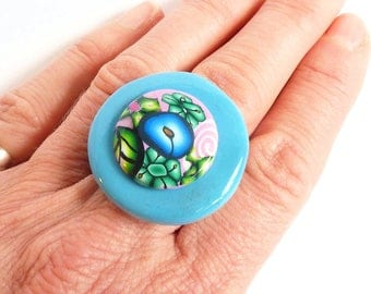 Ring cabochon polymer clay blue and pink flowers