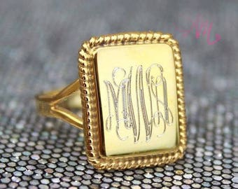 Monogram Ring, Monogram Gold Ring, Monogram Gold Nati Ring, Monogram Nati Rectangle Ring, Yellow Gold Rectangle Ring