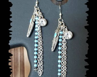 Charms, seed beads and chains earrings