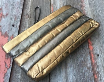 Vintage // Retro Metallic Clutch // Wristlet