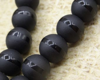 10 round black onyx beads and lustrous 10mm