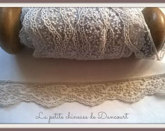 Wild rose S Pearl gray lace