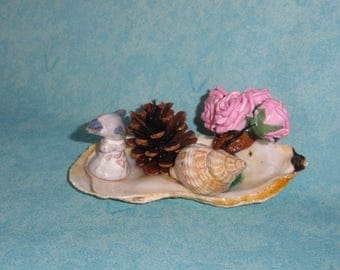 object decorative dolphin, shell and pink / table decor / shelf decor