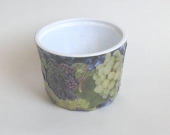 Flower-pot holder, organizer reclaimed grape