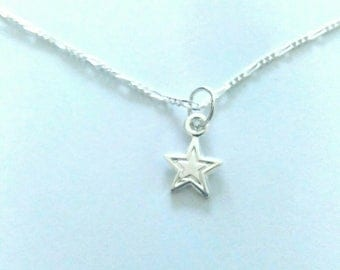 Necklace 925 sterling silver. Small star.