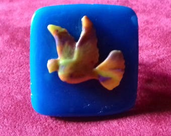 Adjustable ring polymer clay with bird motif