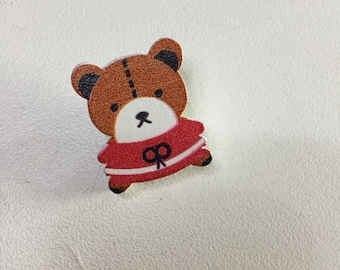 Button wood bear
