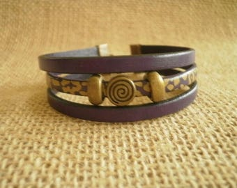 Leather Bracelet, gold-plated, laitonnées, pearls and dark purple color size 18.5 cm