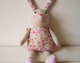 Suzy, pretty little rabbits linen