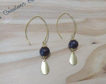 Pair of earrings drops and glass beads