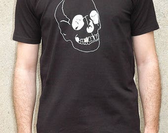 Black T-shirt 100% cotton screen printed skull gold tooth