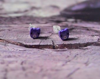 Cat Stud Earrings purple. jewel