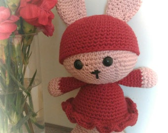Amigurimi/doudou rabbit old pink and Burgundy.