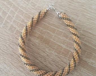 Bracelet Orange seed beads