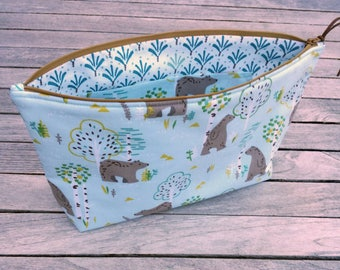 Large case child baby Cubs blue fabric. Lining fabric white teal graphic patterns. Cubs fabric Pocket