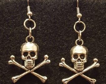 Simply yet savvy!  Skull and Cross bones Fishhook Style Earrings