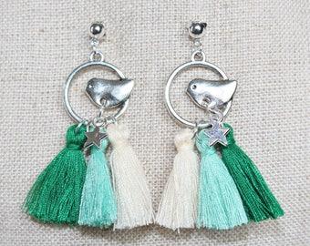 Dangle earrings bird and Silver Star (drilled) emerald green tassels