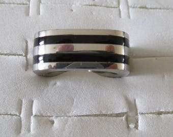 steel ring and ceramic man or woman