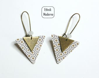 Triangle patterned earrings